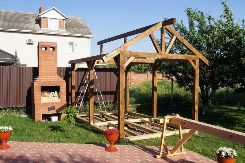Строительство садовой беседки - фото 11