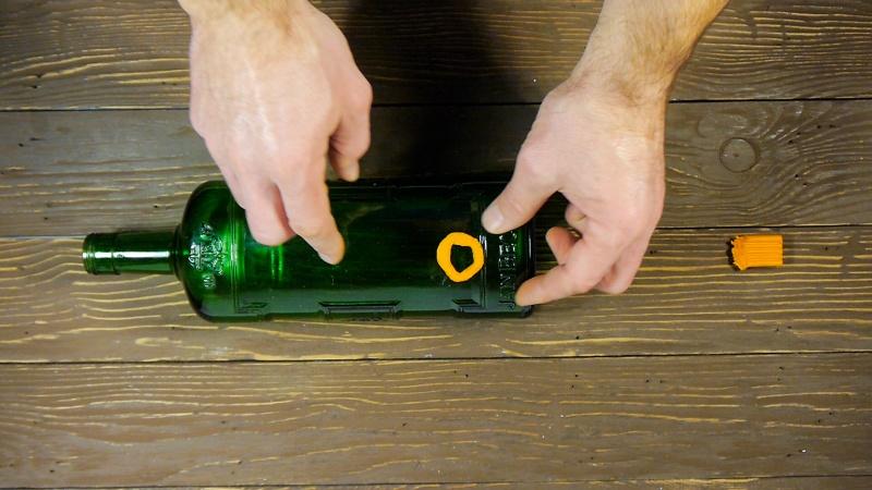 Сказочный светильник для новогоднего праздника. Как идеально просверлить бутылку. - фото 2