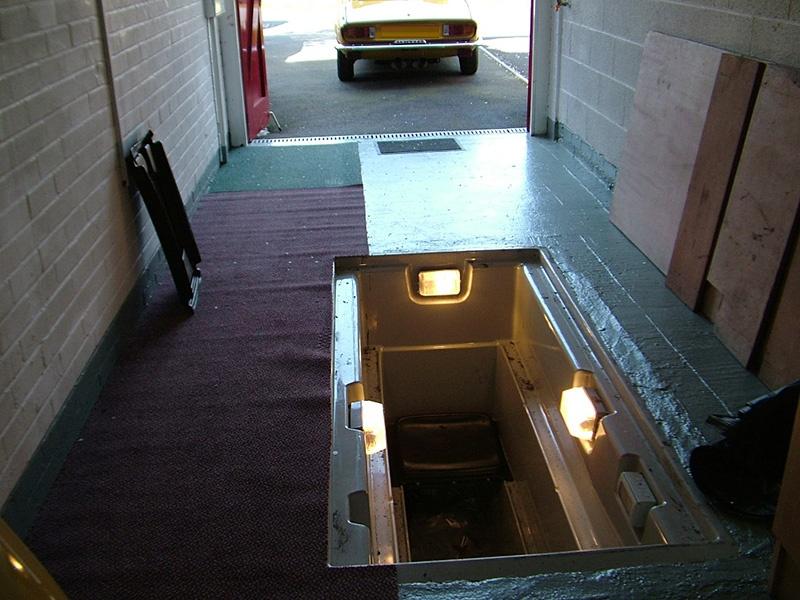 Электропроводка в гараже: варианты подключения, схемы электропроводки, монтаж - фото 3