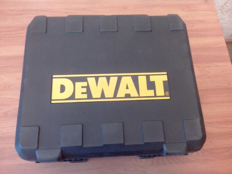 Обзор фрезера DeWALT D26204K - фото 5