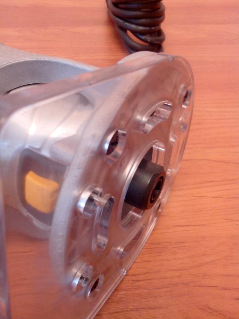 Обзор фрезера DeWALT D26204K - фото 32