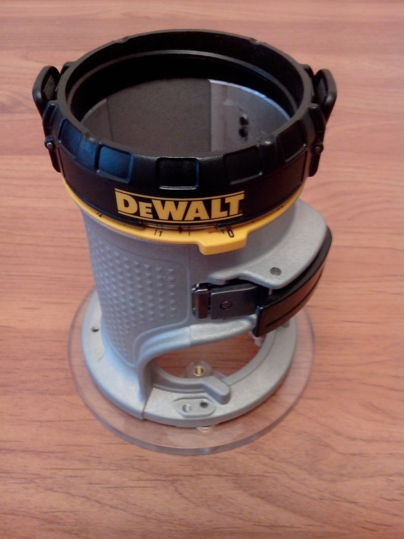 Обзор фрезера DeWALT D26204K - фото 50