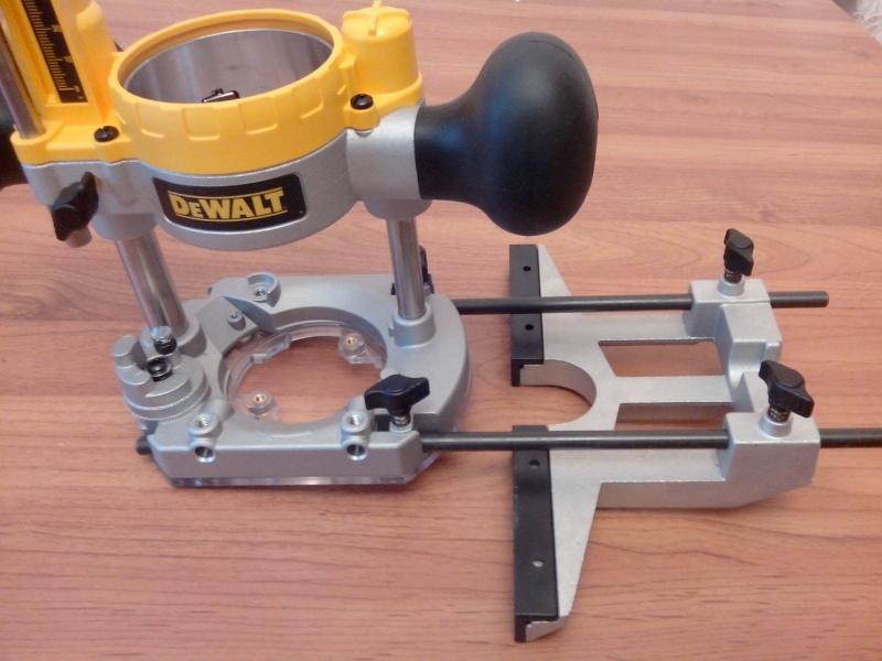 Обзор фрезера DeWALT D26204K - фото 39