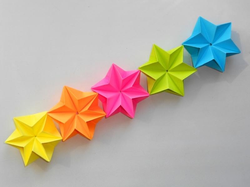 Как сделать новогодние гирлянды своими руками из бумаги