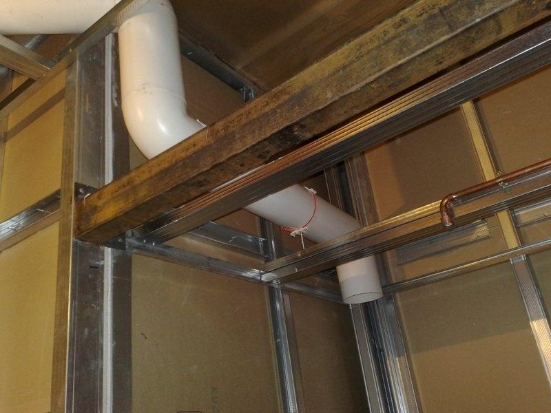 Душевая кабина в деревянном доме  - фото 3